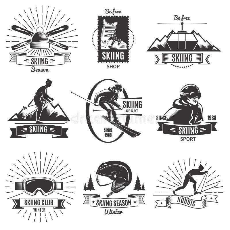 Grupo de etiquetas do vintage do esqui ilustração stock