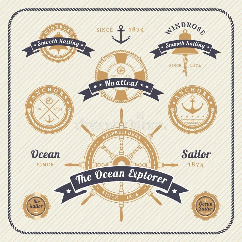 Grupo de etiquetas náutico do vintage no fundo claro ilustração royalty free