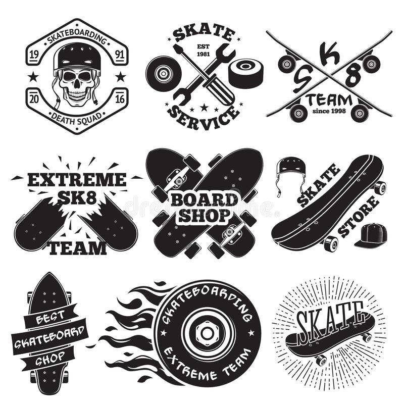 Grupo de etiquetas skateboarding - crânio no capacete, no reparo, na equipe do patim, na loja da placa, etc. Vetor ilustração do vetor
