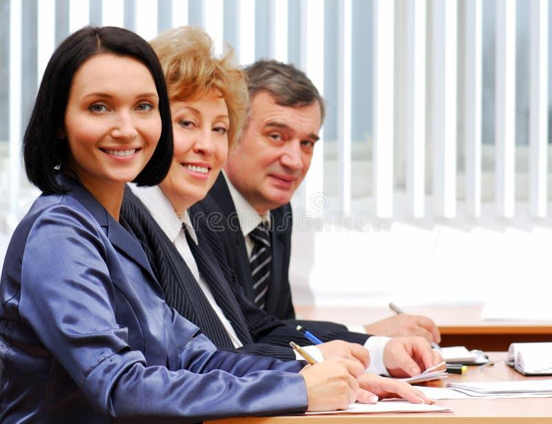 Grupo de executivos bem sucedidos fotografia de stock royalty free