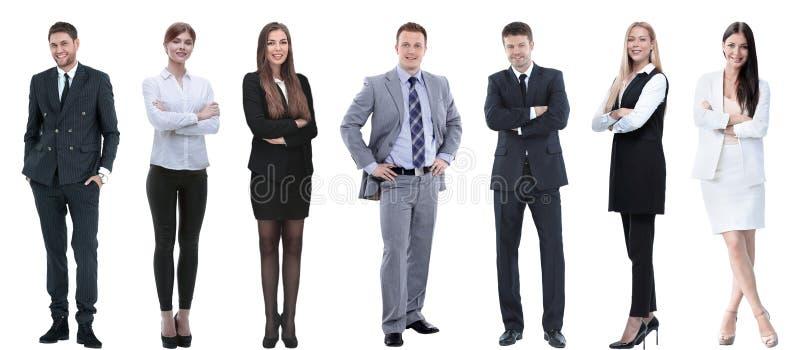 Grupo de executivos bem sucedidos que estão em seguido fotos de stock royalty free