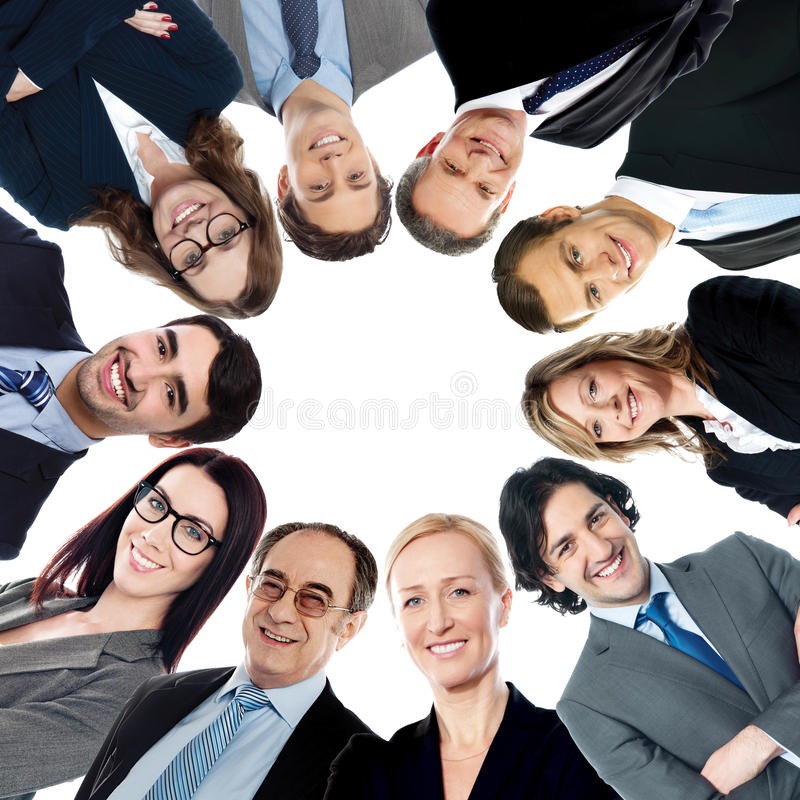 Grupo de executivos do sorriso foto de stock