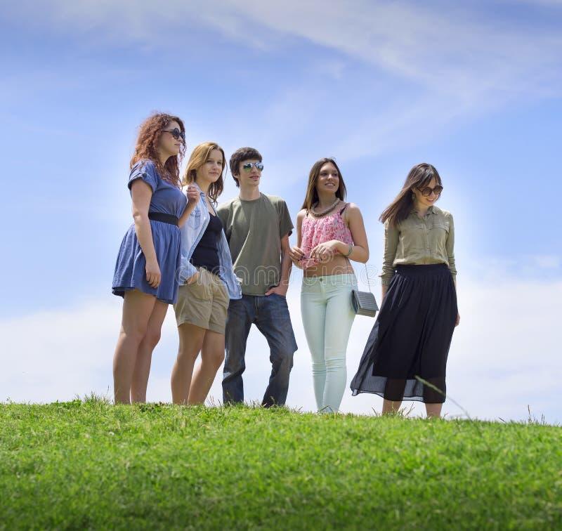 Grupo de faculdade/estudantes universitário fotografia de stock