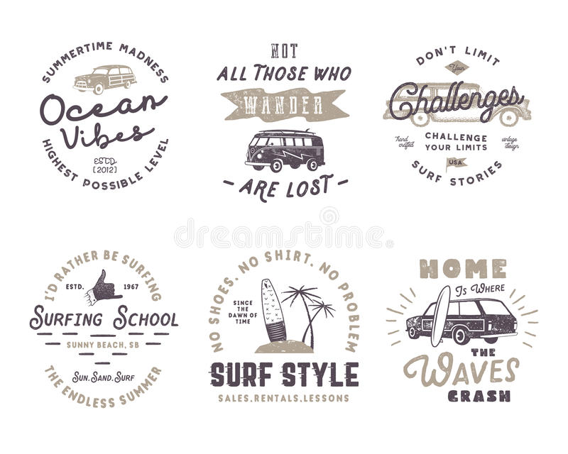 Grupo de gráficos e de emblemas surfando do vintage para o design web ou a cópia Logotypes do surfista Crachás da ressaca Menino  ilustração stock