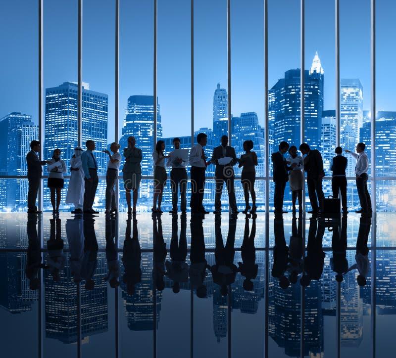 Grupo de hombres de negocios en New York City foto de archivo libre de regalías