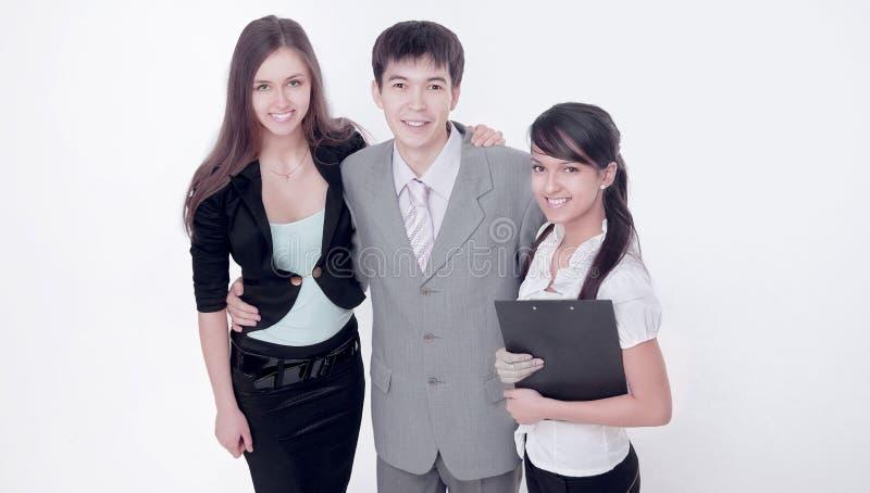 Grupo de hombres de negocios jovenes acertados Aislado en blanco foto de archivo