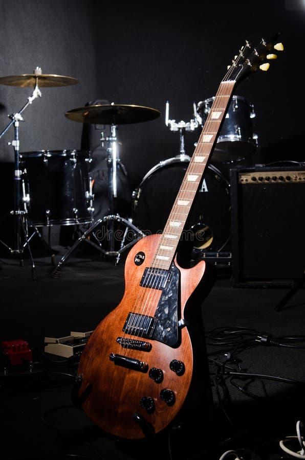 Grupo de instrumentos musicais fotografia de stock royalty free