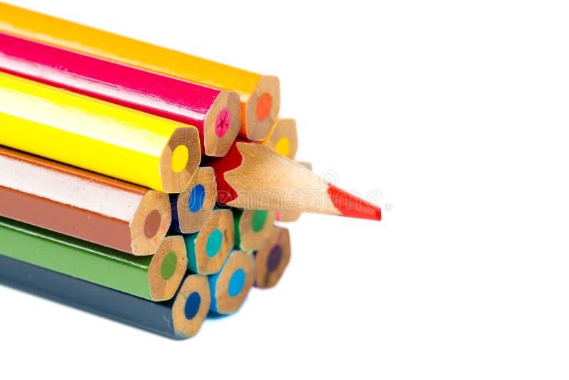 Grupo de lápis coloridos Um lado diferente foto de stock