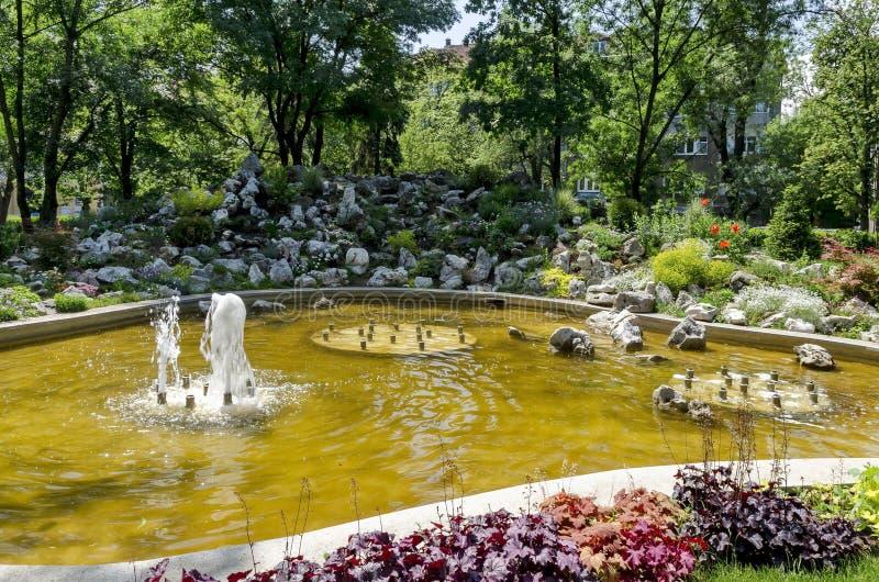 Fuentes de jardin pequeas productos with fuentes de for Fuentes jardin baratas