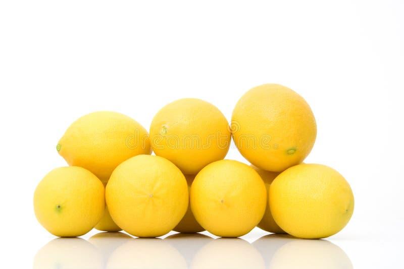 Grupo de limones frescos foto de archivo libre de regalías