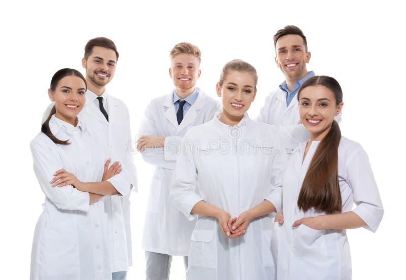 Grupo de médicos aislados Concepto de la unidad imagen de archivo