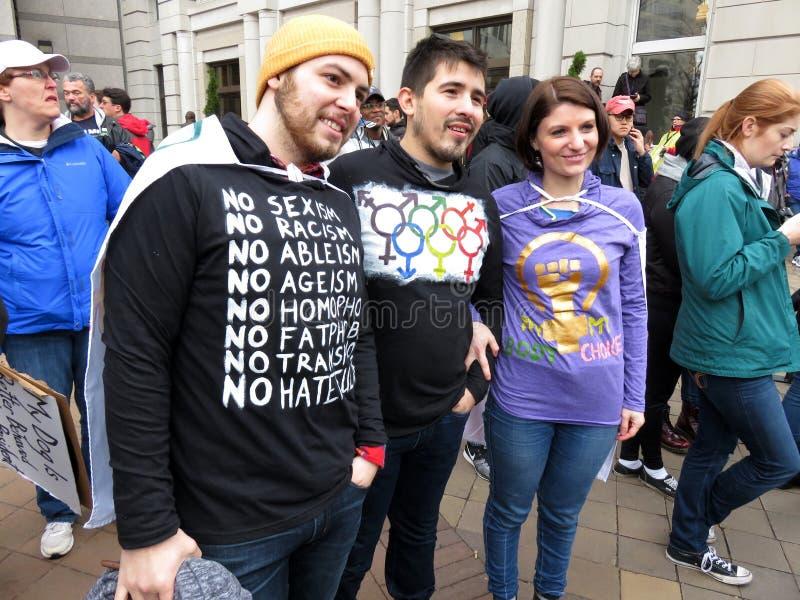 Grupo de manifestantes en el desfile inaugural imagen de archivo
