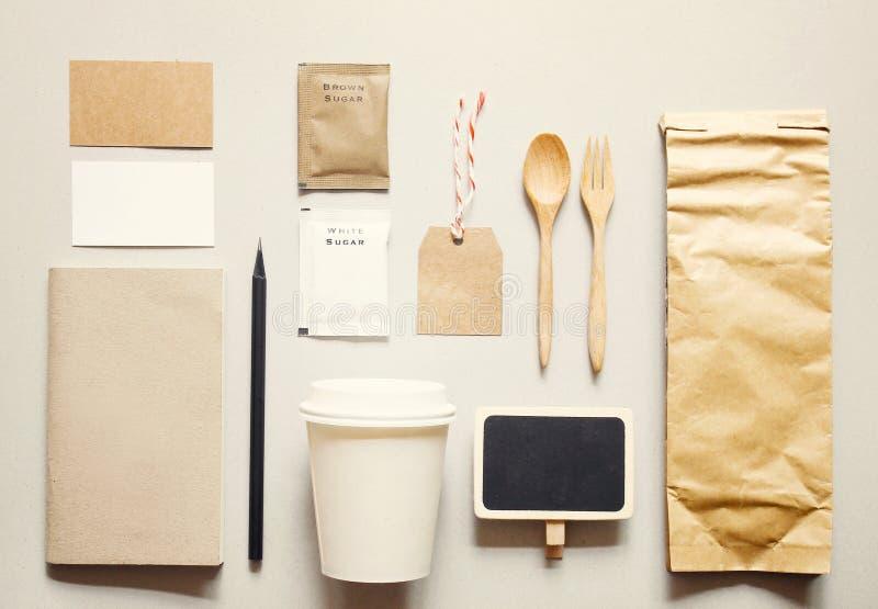 Grupo de marcagem com ferro quente do modelo da identidade do café imagens de stock royalty free