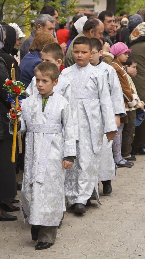 Grupo De Meninos De Altar Foto Editorial