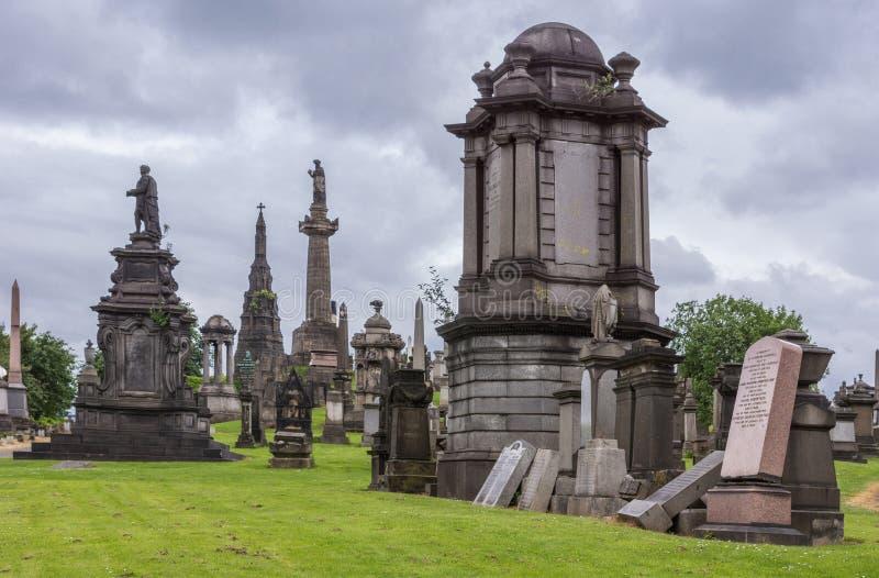 Grupo de monumentos memoráveis em Glasgow Necropolis, Escócia Reino Unido foto de stock