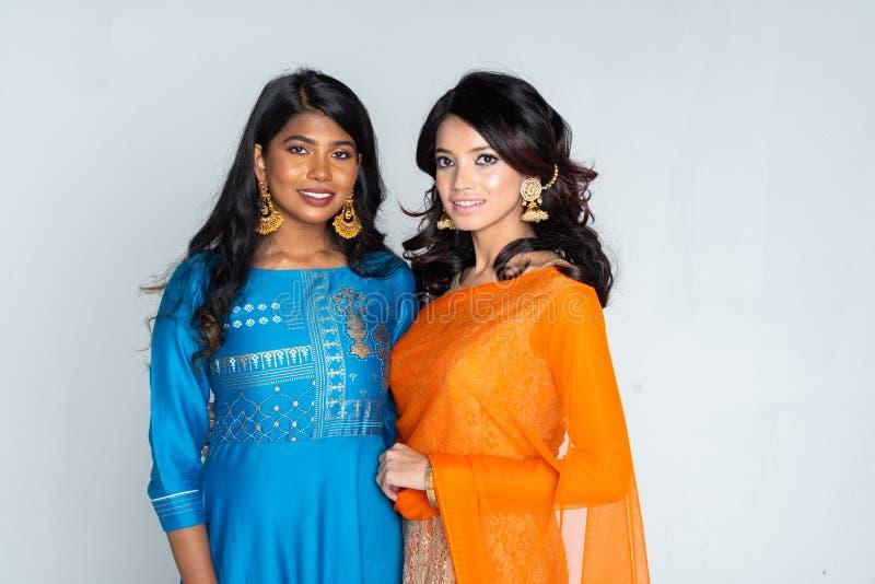 Grupo de mulheres indianas imagem de stock royalty free