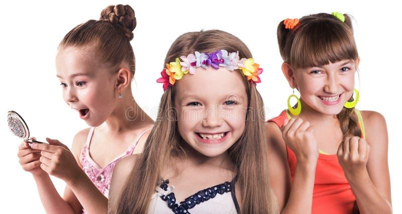 Grupo de pequeñas muchachas felices imagen de archivo libre de regalías