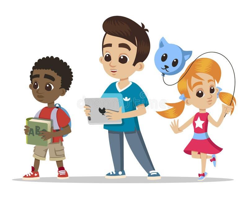 Grupo de pequeños niños Niña joven de los caracteres con un globo Historieta feliz del muchacho con la tableta Niño pequeño afric libre illustration