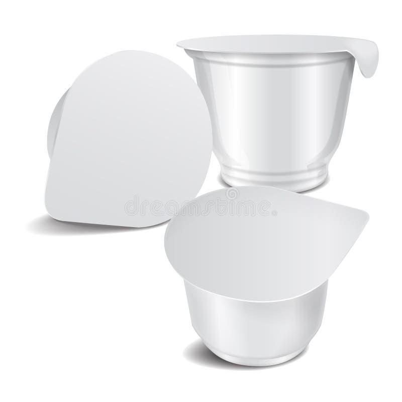 Grupo de potenciômetro plástico lustroso branco redondo do vetor com tampa da folha para o iogurte, o creme, a sobremesa ou o doc ilustração stock