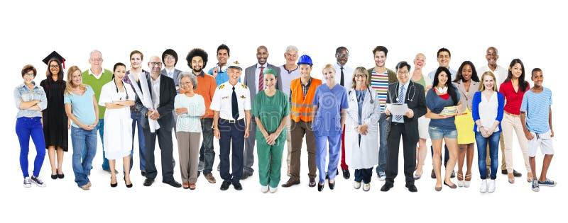 Grupo de povos misturados diversos multi-étnicos da ocupação fotos de stock