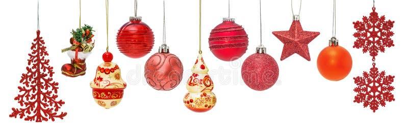 Grupo de quinquilharias vermelhas do ano novo para ornamento do abeto do Natal fotos de stock