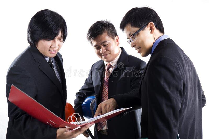 Grupo de reunião preparada homem do coordenador fotos de stock royalty free