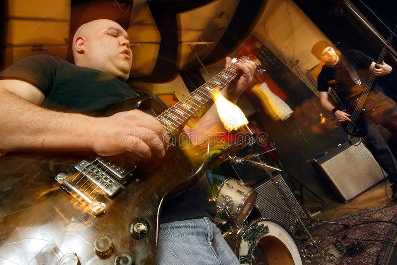 Grupo de rock pesado fotografia de stock royalty free