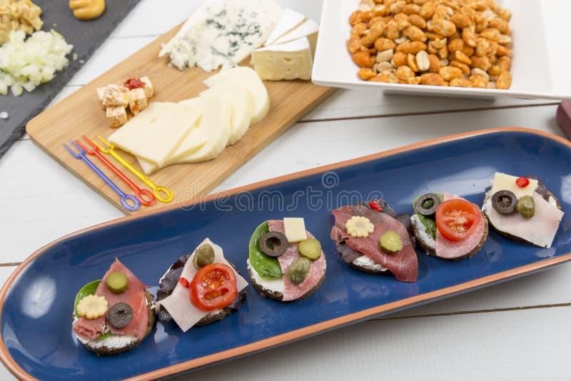 Grupo de sanduíches aberto-enfrentados imagens de stock