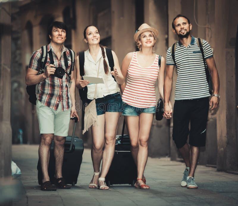 Grupo de señal de observación de la gente positiva fotografía de archivo