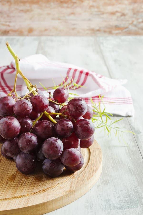 Grupo de uvas frescas foto de stock