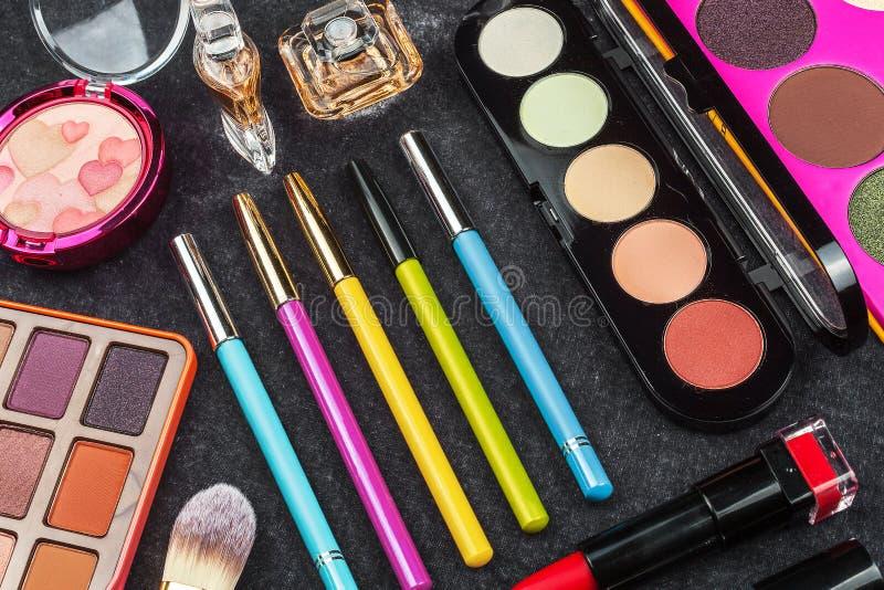 Grupo de vários cosméticos decorativos fotografia de stock royalty free