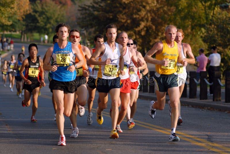 Grupo del maratón de los hombres de la élite imagen de archivo libre de regalías