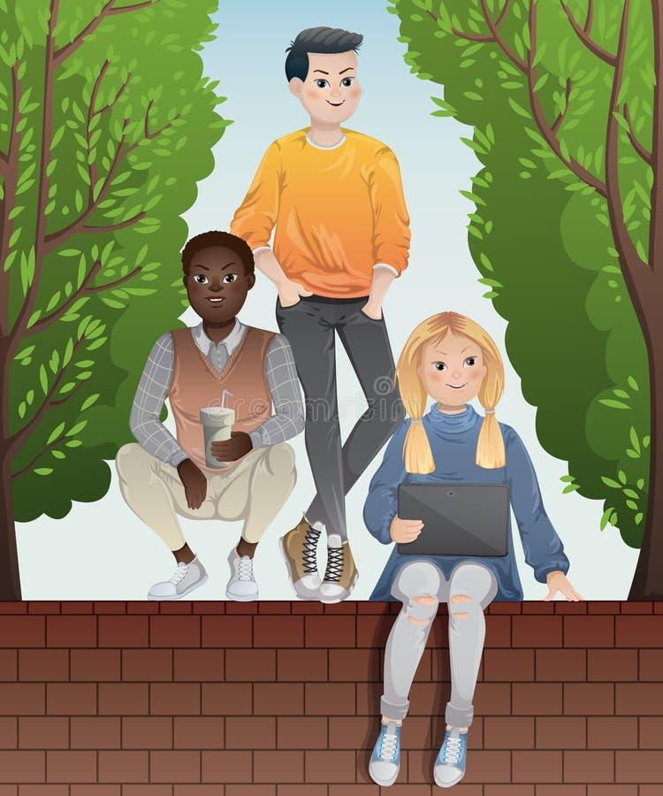 Grupo diverso de adolescentes que miran la tableta y que se sientan en la pared de ladrillo de la cerca Compañía multiétnica de l ilustración del vector