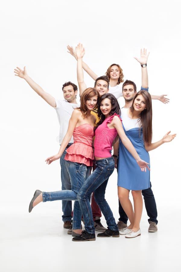 Grupo do divertimento de amigos imagem de stock