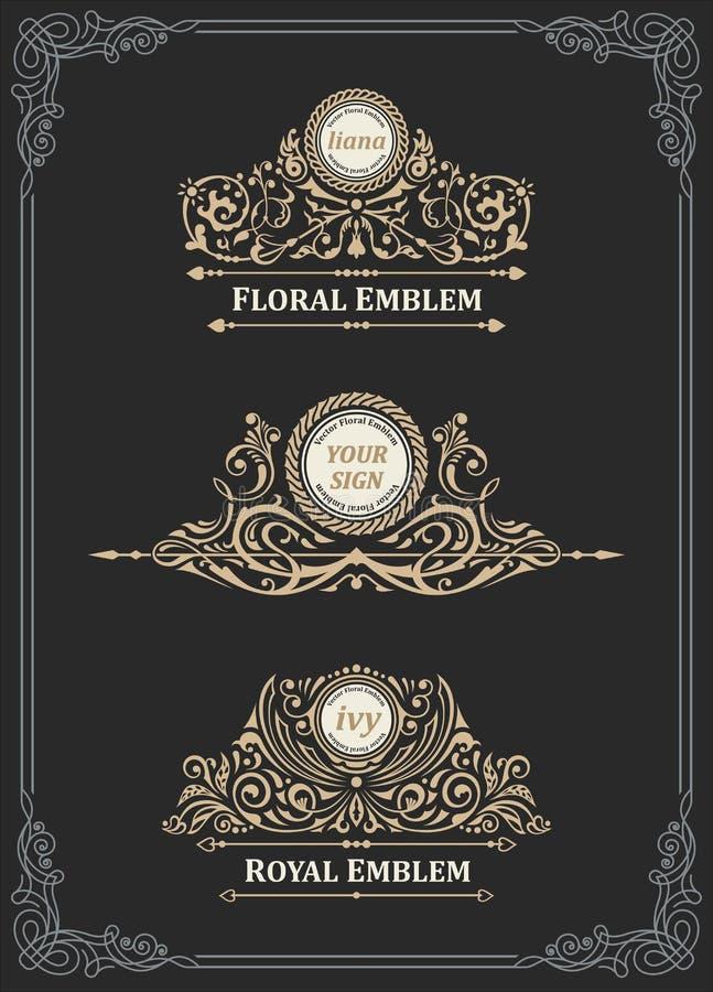 Grupo do emblema do ouro do vintage Ornamento caligráfico da crista dos Flourishes ilustração stock