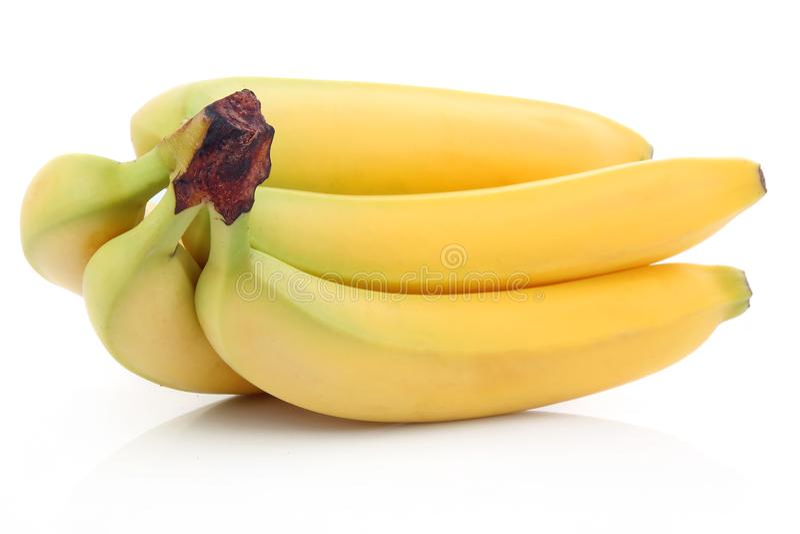 Grupo dos frutos maduros da banana isolados fotos de stock