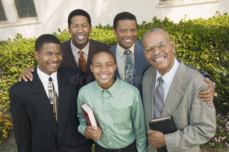 Grupo dos paroquianos masculinos imagens de stock royalty free