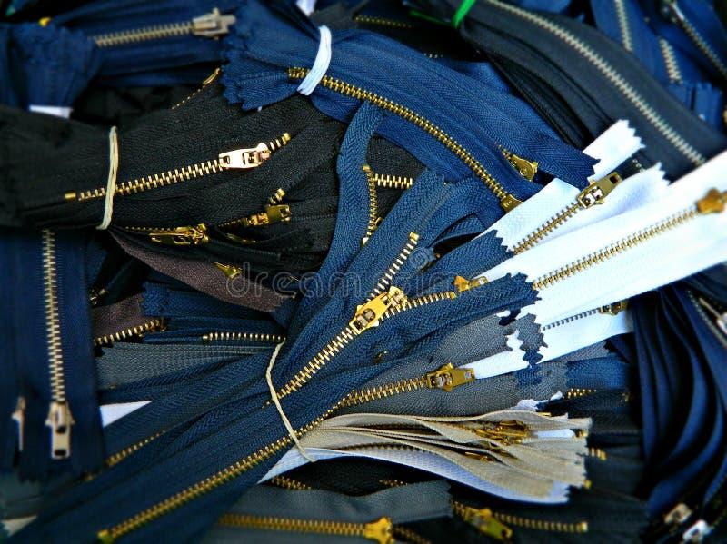 Grupo dos zíperes para calças de brim imagens de stock royalty free