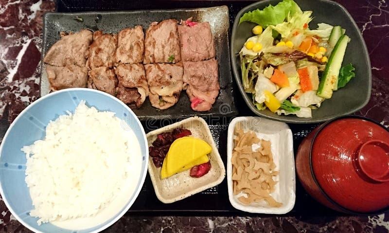 Grupo japonês da refeição do arroz da carne fotografia de stock