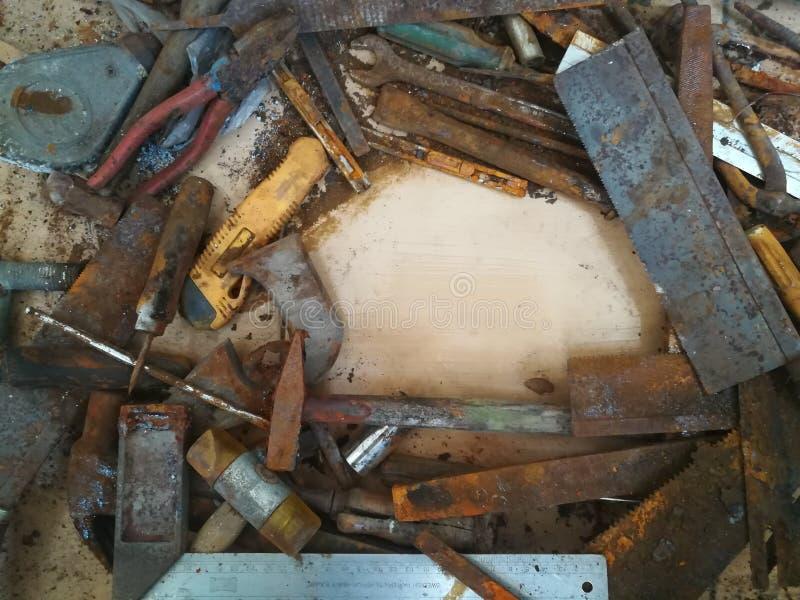 Grupo sujo de ferramentas da mão com mancha fotografia de stock