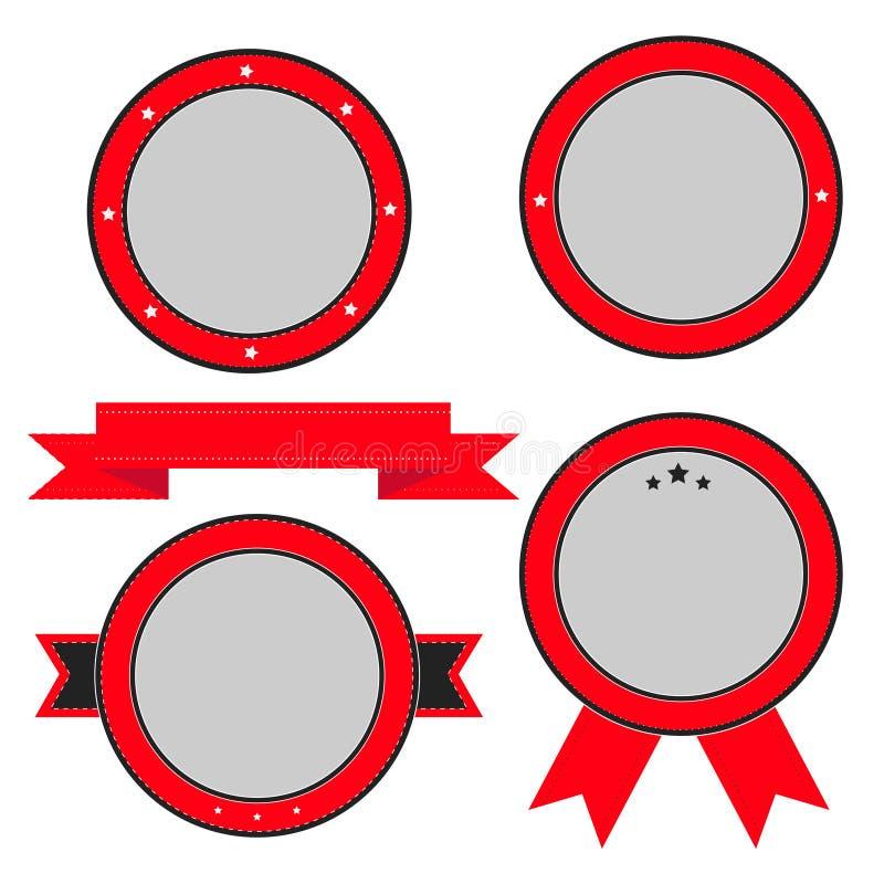 Grupo vermelho do crachá e de etiqueta com fita e estrelas. Moldes vazios. ilustração stock