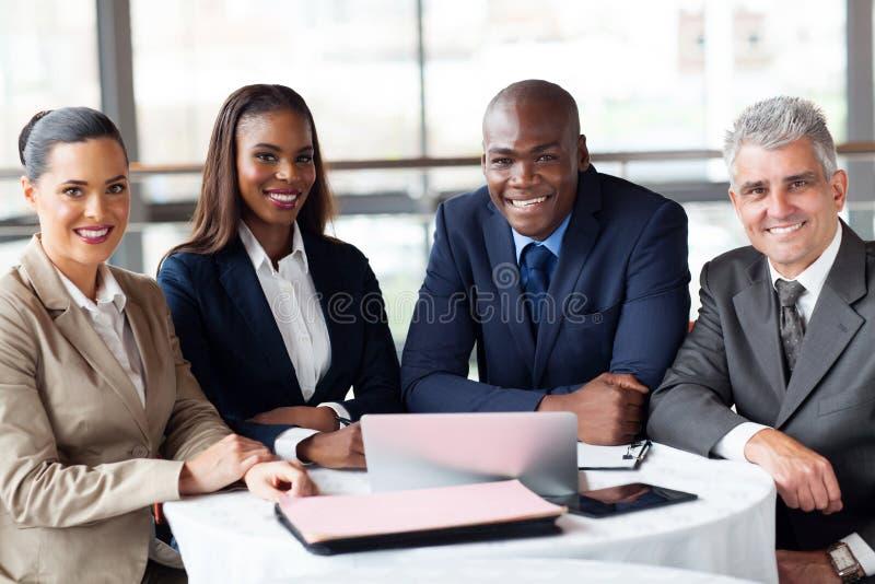 Grupowi biznesmeni biurowi zdjęcie royalty free