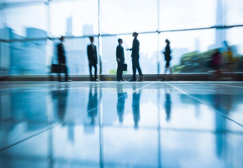 Grupowi ludzie biznesu Biurowego spotkania konwersatorium pojęcia obrazy royalty free