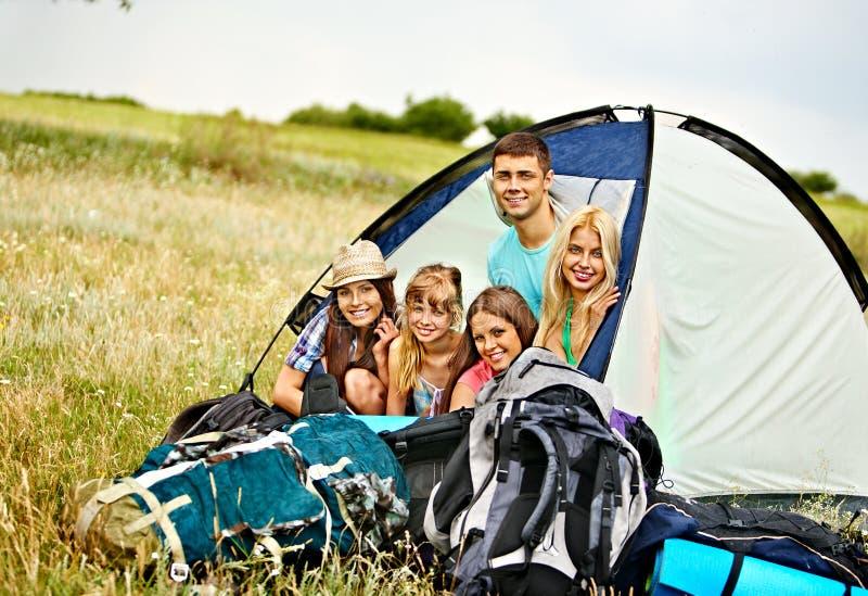 Grupowi ludzie na podróży. fotografia royalty free