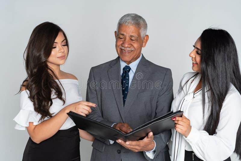Grupp av affären Team Members Working arkivfoto