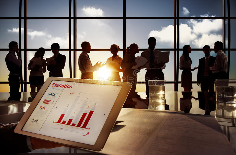 Grupp av affärsfolk i regeringsställning som bygger arkivbilder