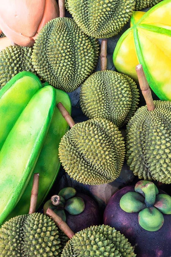 Grupp av asiatet, Mangosteen, Dorian, stjärnafrukt royaltyfria foton