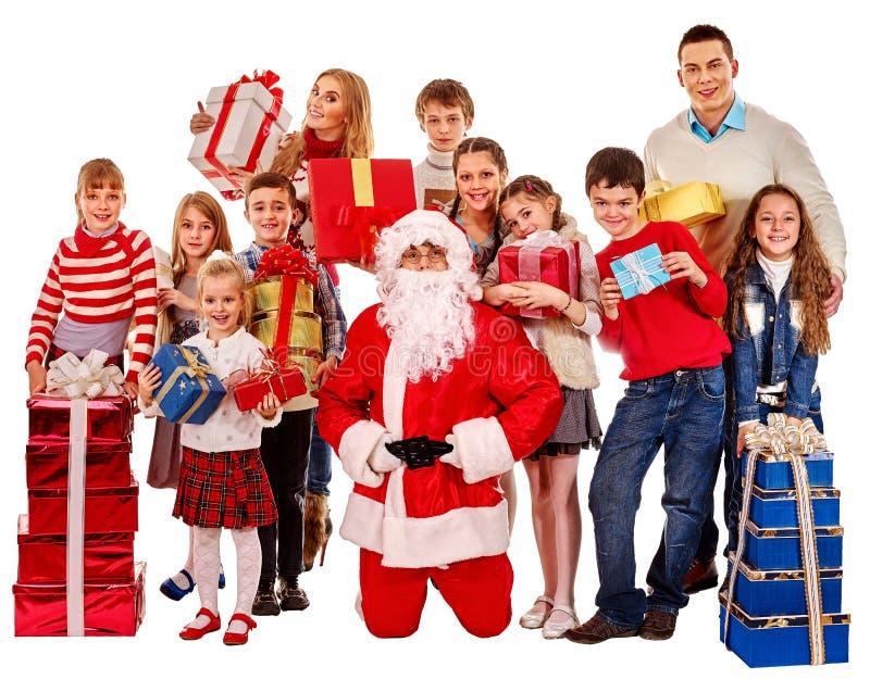 Grupp av barn med Santa Claus royaltyfria bilder