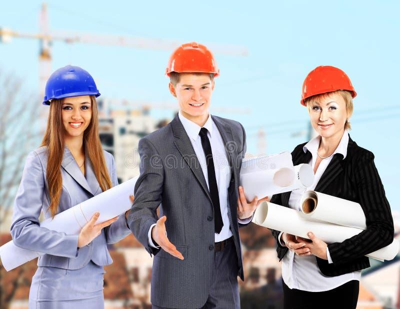 Grupp av byggmästarearbetare royaltyfria bilder