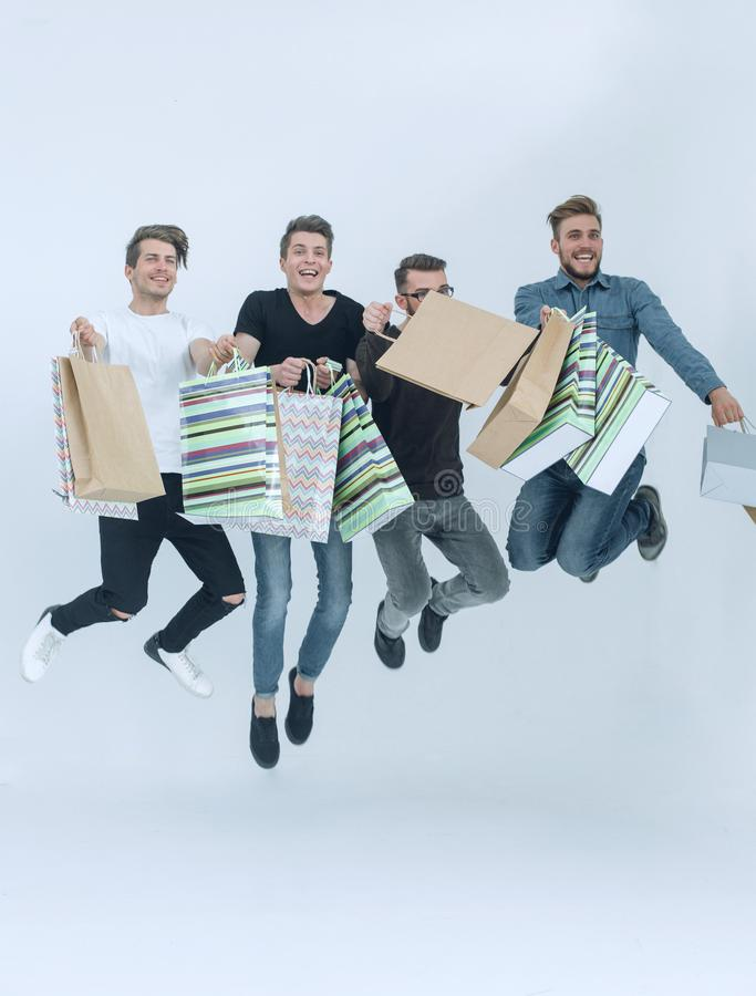 Grupp av dansvänner med shopping royaltyfria foton